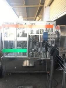 Mineral Water Bottle Filling Machine (Capacity: 6000 - 8000 Bottles/hr)