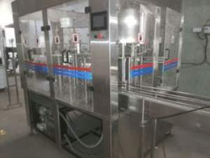 Pet Bottle Rinsing Filling Capping Machine (Capacity: 72 Bottles/Minute)