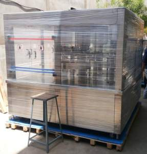 Rotary Bottle Filling Machine (Capacity: 6000 - 80000 Bottles/hr)