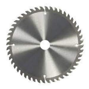 Has Saws Blade